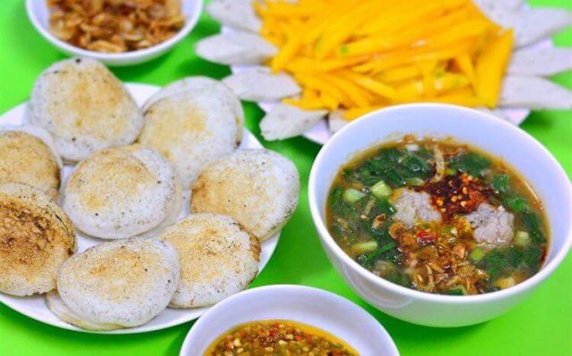 Đặc sản bánh căn Bình Thuận