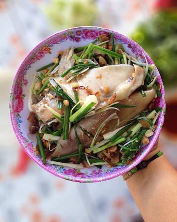 Cá lồi sối mỡ, món đặc biệt của vùng biển Phan Thiết.